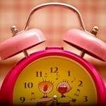 Émilie à reçu ce magnifique reveil matin qui lui chante une belle chanson quand l'heure du reveil arrive... Émilie got this fantastic alarm clock that sings a nice songe when the time to wake-up arrives...